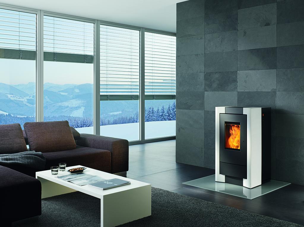 como rika nantes 44. Black Bedroom Furniture Sets. Home Design Ideas
